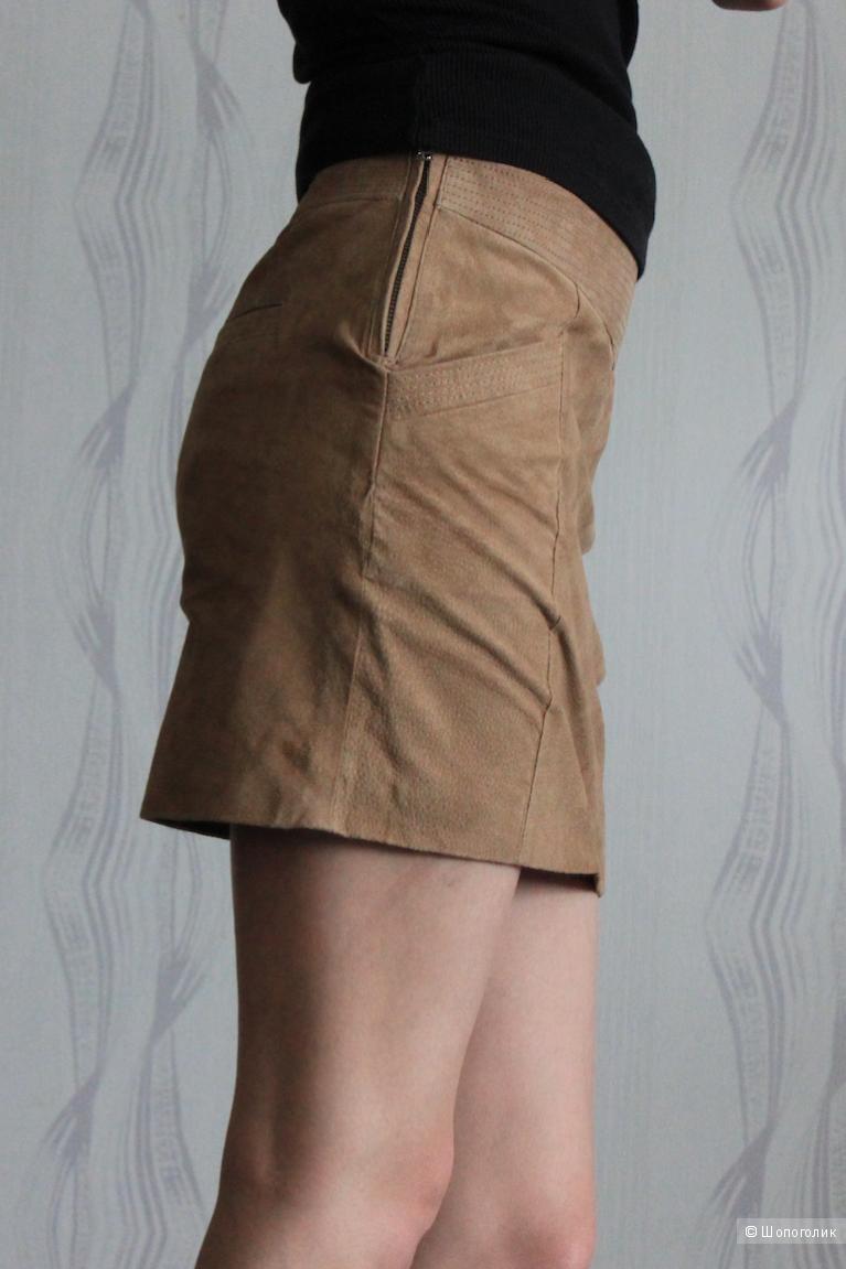 Замшевая юбка Mango песочного цвета
