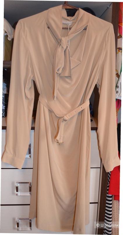 Продаю платье фирма Stefanel, новое, покупала в Италии, цвет беж, шелк