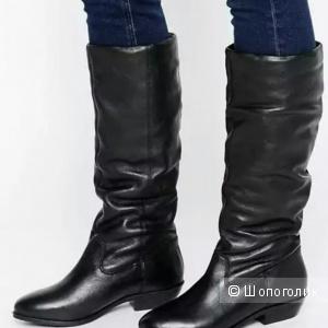 Новые кожаные сапоги размер 40