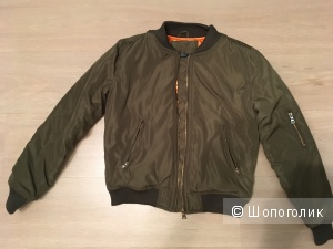 Крутая куртка-бомбер, размер S