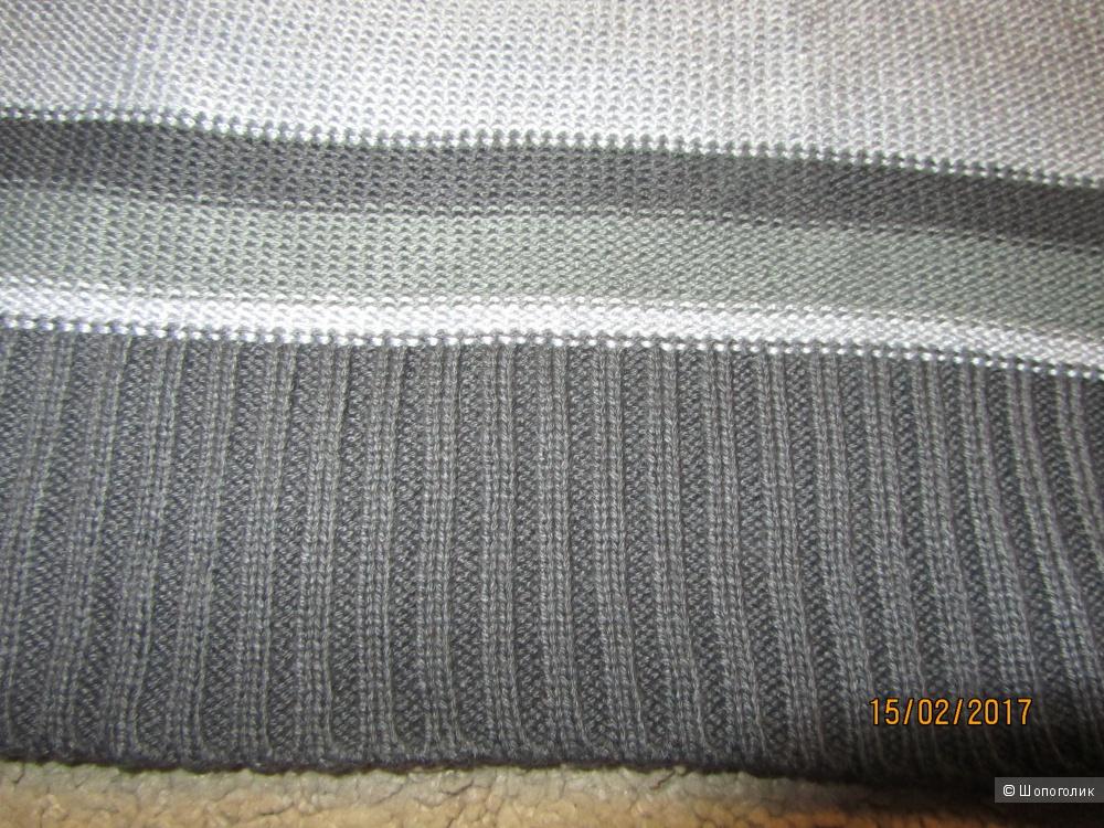 Стильное, вязаное новое платье-туника  в полосочку на 42-44 рос. размер марки C&A