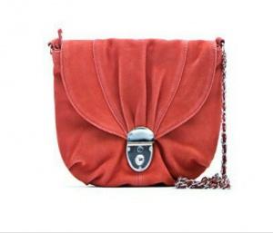 Замшевая маленькая коралловая сумочка Манго