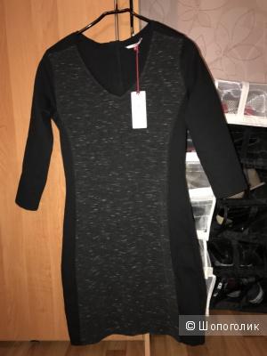 Продам платье Tommy Hilfiger размер S-M