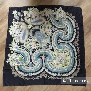 Шелковый платок Uterqüe