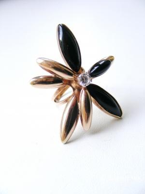 Эффектное серебряное кольцо с позолотой и хрусталём разъёмное