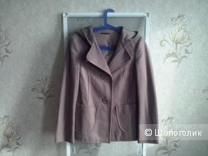 Демисезонное п/пальто итальянского бренда SISLEY, р,46