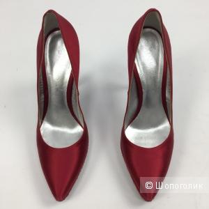 Туфли Casadei 38 р