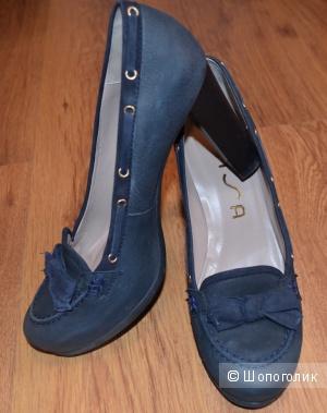 Продаю туфли фирмы UNISA , испанский бренд, размер 40, темно-синие