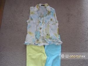 Новая летняя блузка с цветочным принтом на 42-44 русский размер