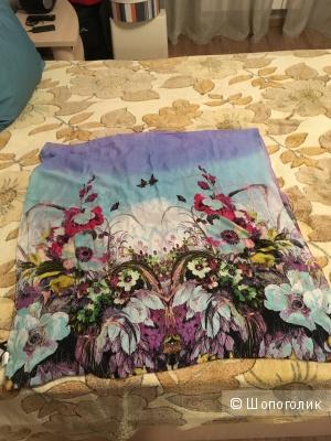 Шелковый палантин Baon, новый с этикетками, весенней расцветки
