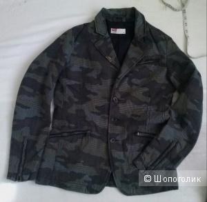Diesel куртка 42-44