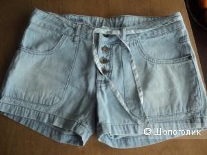 Шорты джинсовые, голубые NAF NAF, размер 44-46.