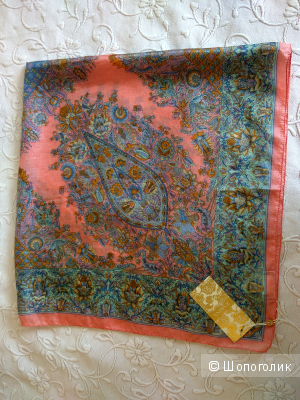 Шелковый платок Zarina 100 *100 см.  новый