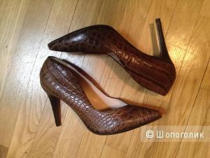 Кожаные туфли Adami