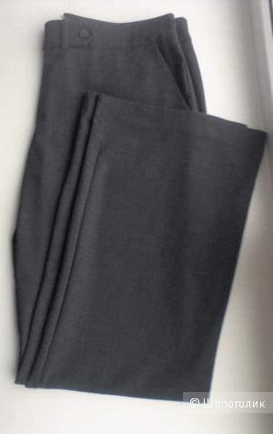 Серые классические брюки Calvin Klein, размер 48-50