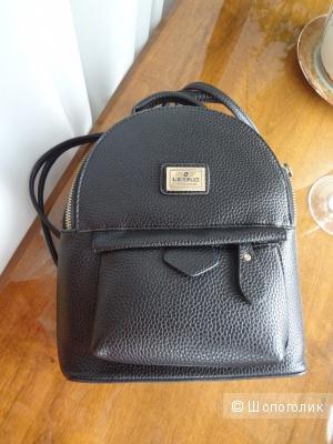 Черный рюкзак, состояние отличное