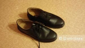 Туфли женские кожаные новые 38 размер весна,осень