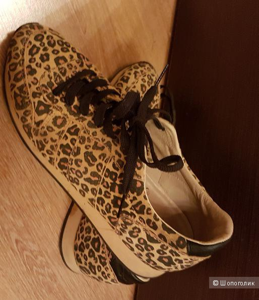 Кроссовки shoe the bear 40 размер