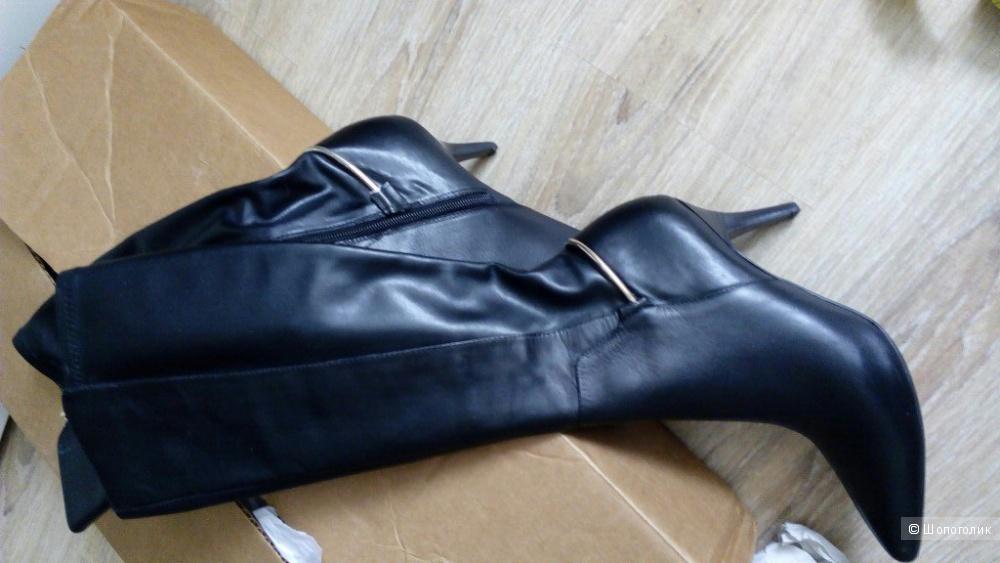 Кожаные демисезонные сапоги calvin klein rikita,размер 6 ,новые