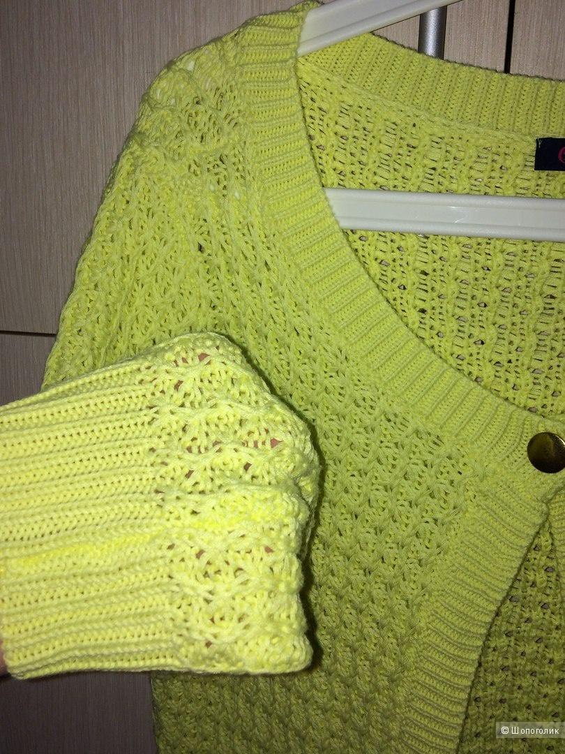 Желто-лимонный пуловер Buffalo 46-48разм.