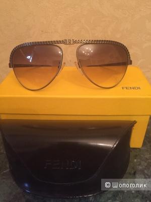 """Солнцезащитные очки модель """"авиатор"""" Fendi"""