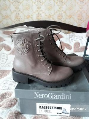 Ботинки Nero Giardini  37 размер