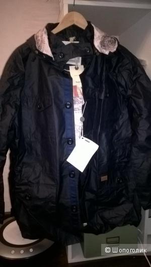 Продам  отличную куртку-ветровку  Pepe Jeans