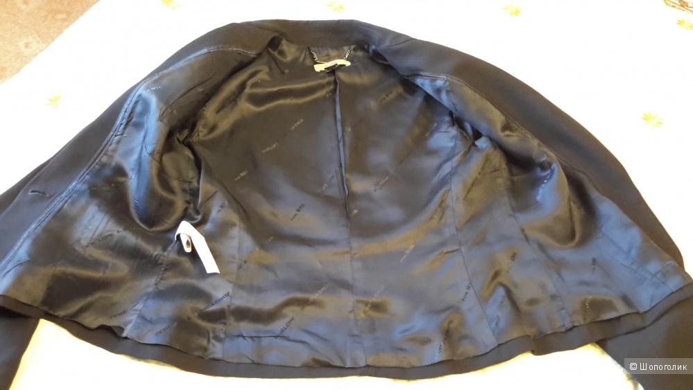 Темно-синий пиджак Mango размер 38-40 евро на наш 44