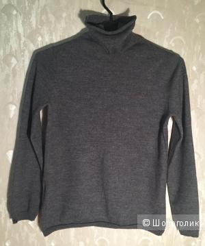 Шерстяной свитер для девочки