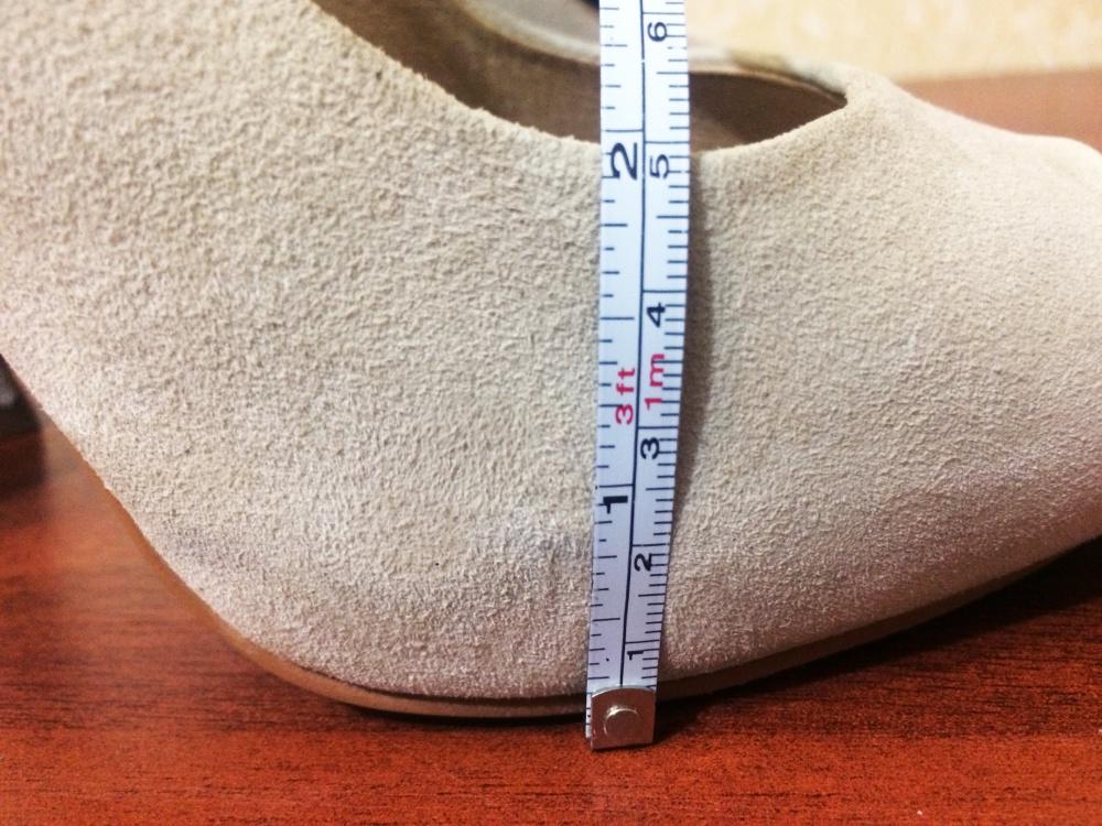 Бежевые замшевые туфли ALDO на каблуке (39 EUR)