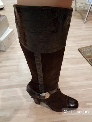 Итальянские коричневые сапоги 39 размера