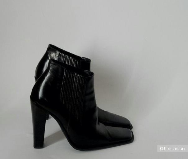 Шикарные ботинки от Gianni Barbato 37 размер