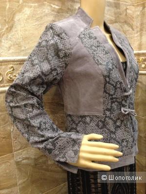 Carlos Falchi дизайнекрская куртка-жакет из натуральной замши р.44  Новая