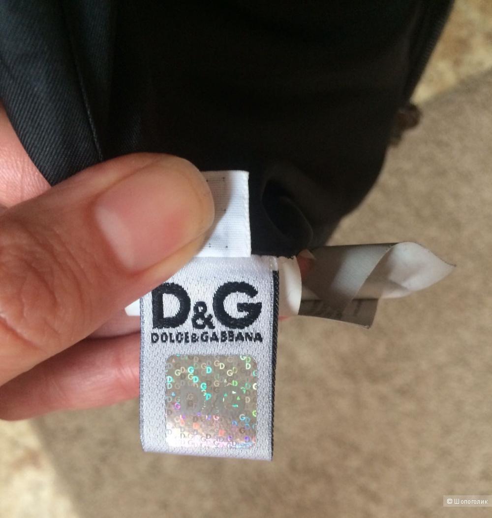 Кожаная куртка DG состояние новой