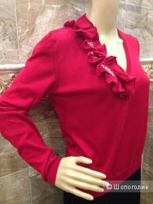 Love Moschino красивый красный свитерок р.S