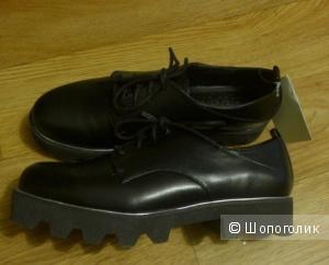 Новые ботинки Bershka, 39р-р