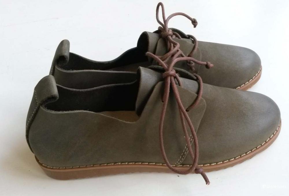 Ботинки из натуральной кожи размер 35