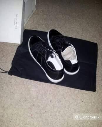 Кожаные кроссовки Versace