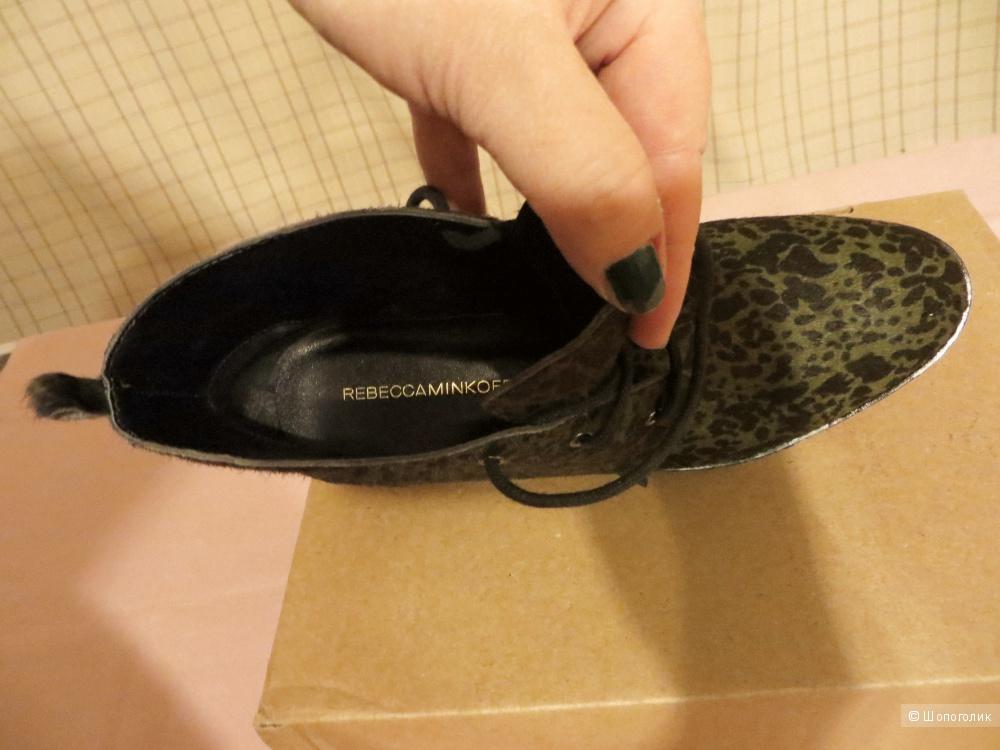 Ботинки Rebecca Minkoff  размер 7US. Новые. Оригинал.