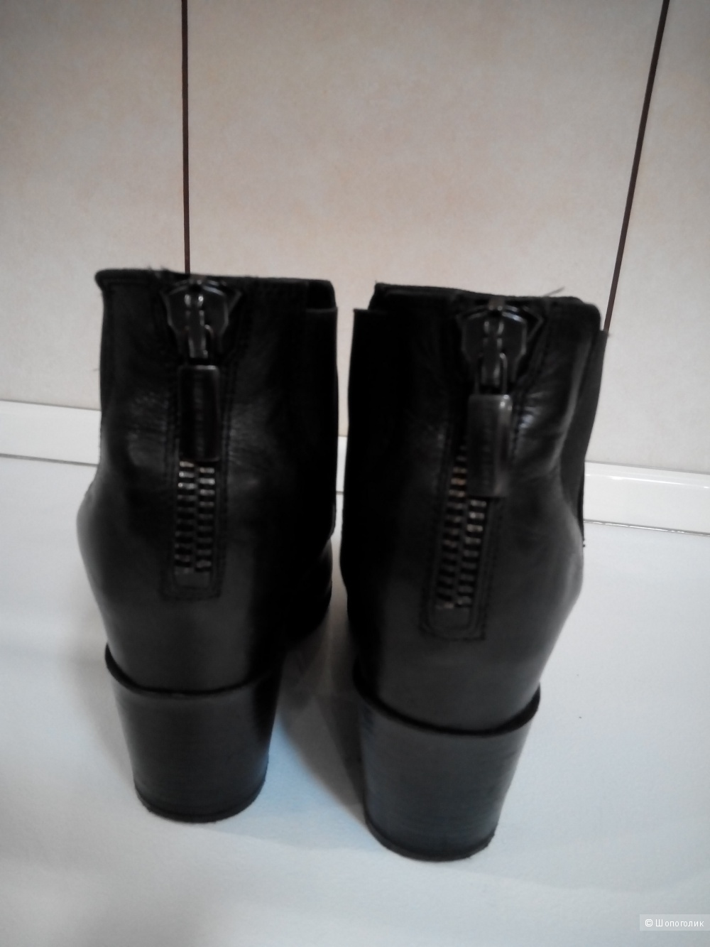 Классные и стильные кожаные ботильоны Janet&Janet 39 размер