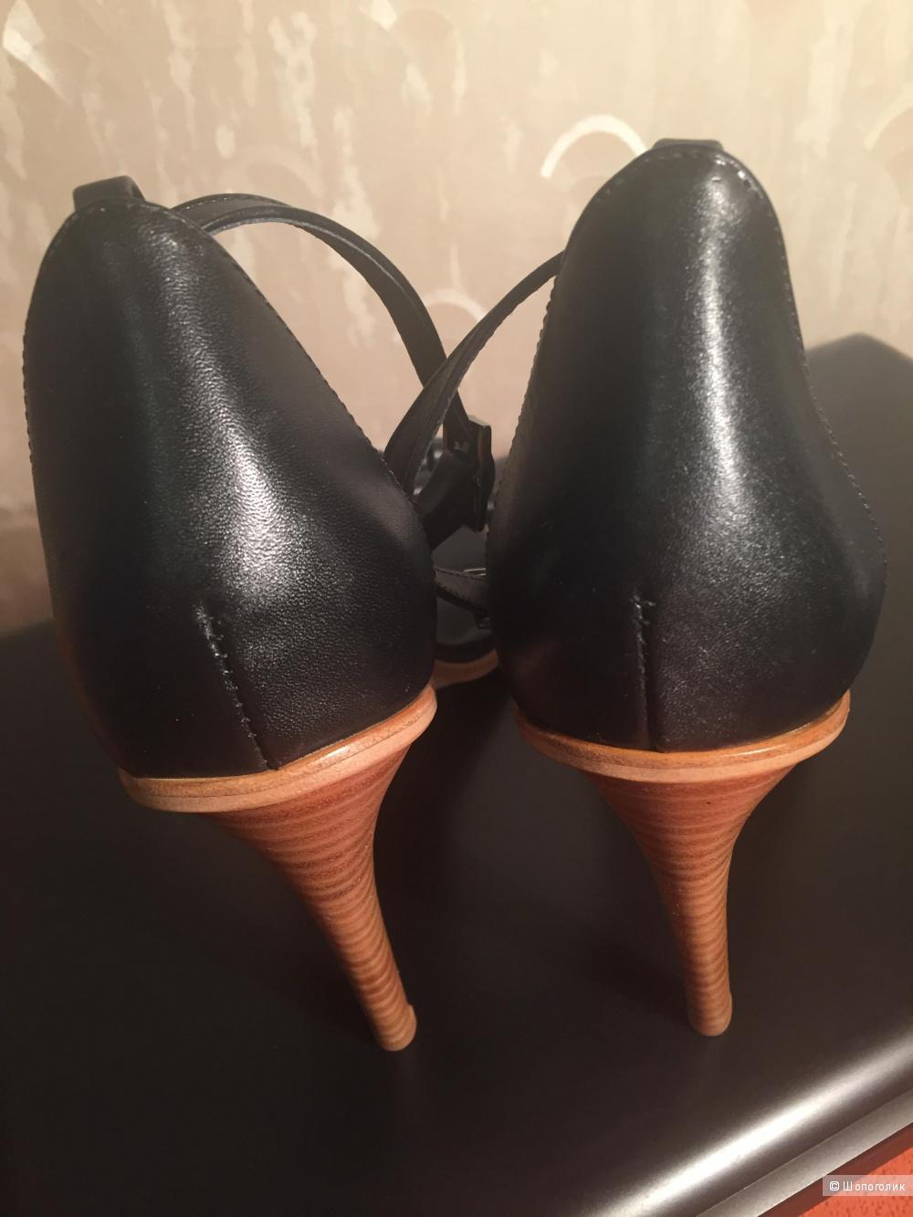 Босоножки TIBI, оригинал, размер 40, оригинал, цвет чёрный, сделано в Бразилии.