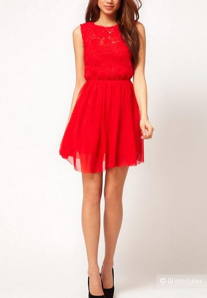 Короткое приталенное платье с розовой сеточкой ASOS, размер 42-44