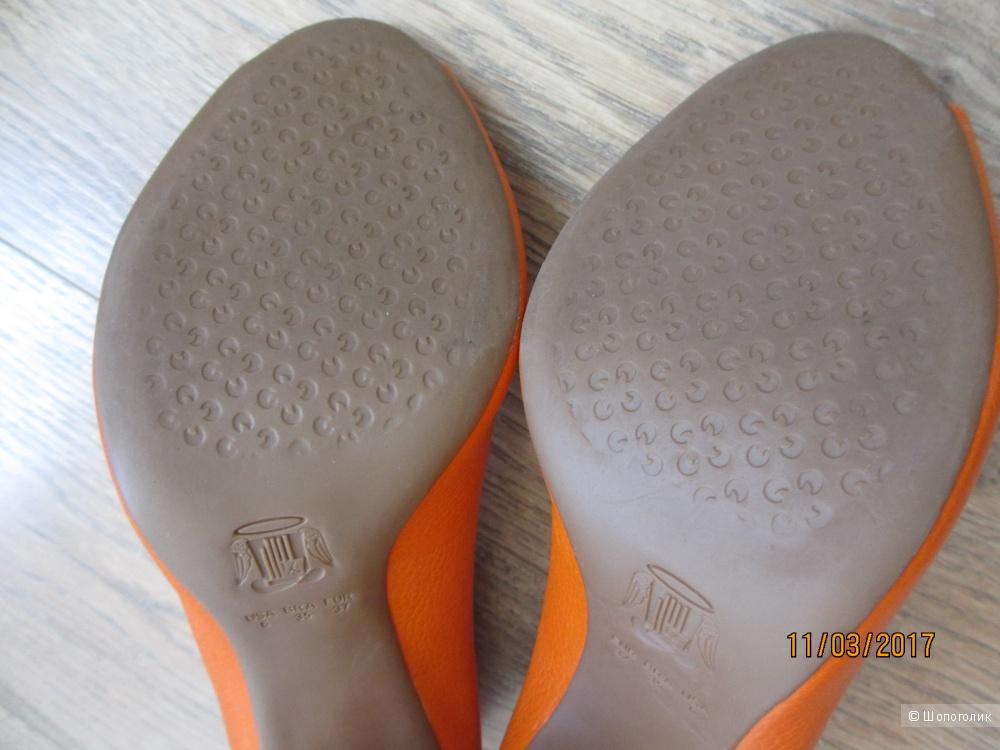 Туфельки к весне 36 р