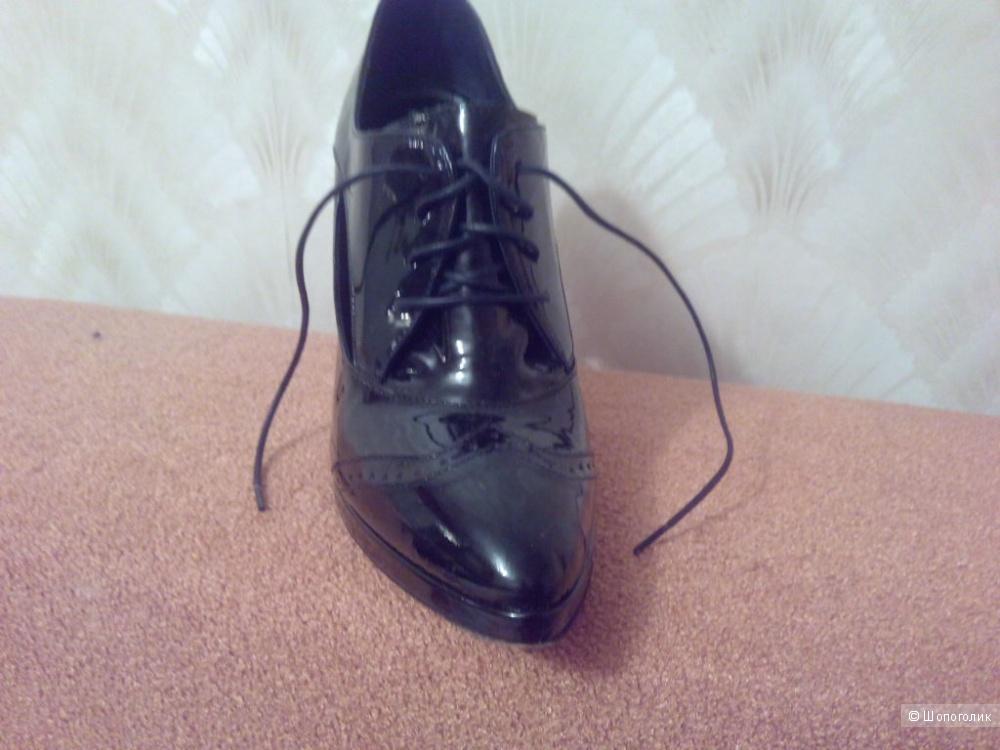 Туфли GoDe р.36,5 лаковая кожа