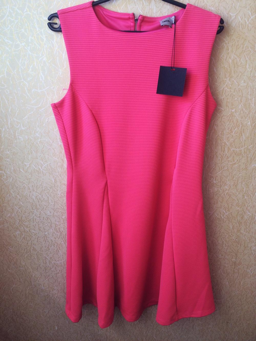 Новое платье цвета фуксии ASOS (14 UK)