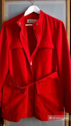 Курточка легкая -плащик MARELLA 44размер