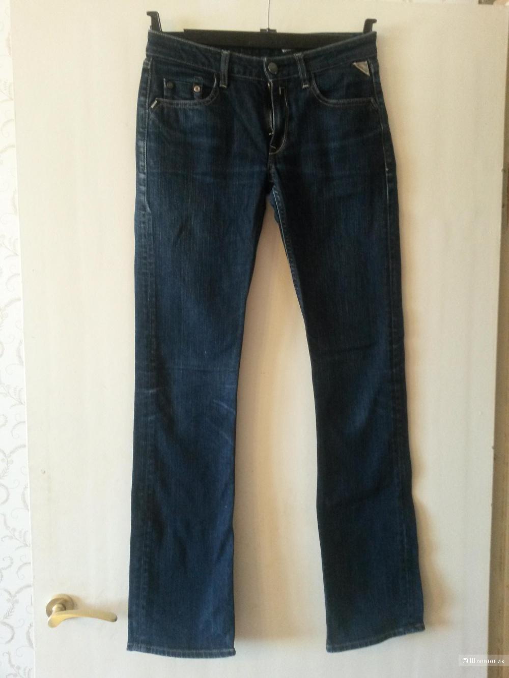 Продам женские джинсы  REPLAY