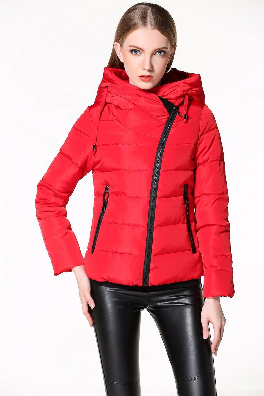Куртка-пуховик с капюшоном