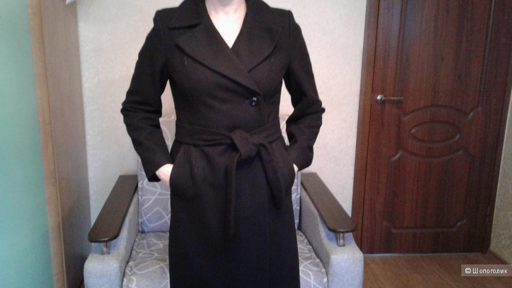 Пальто осеннее, размер 46-48.
