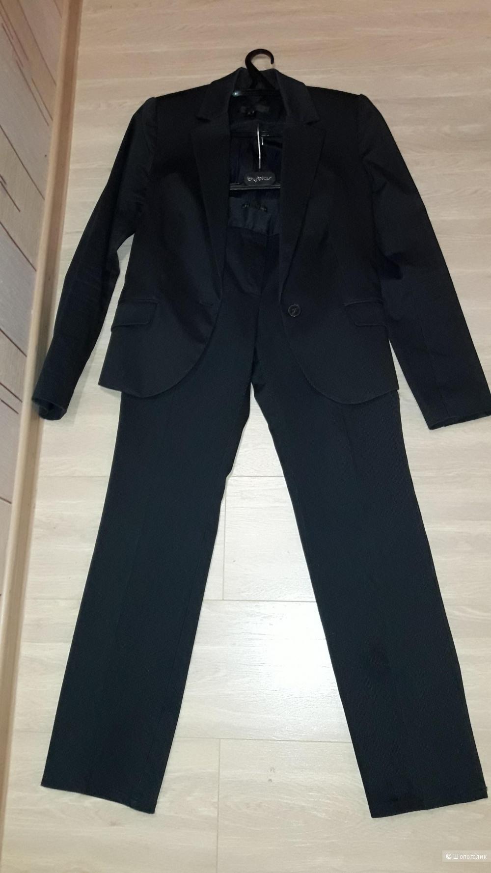 Брючный костюм Mango 44 размера